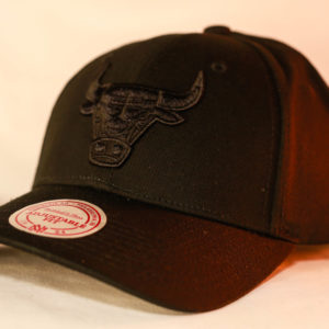 Mitchell & Ness OSFA Chicago Bulls NBA Black Snapback