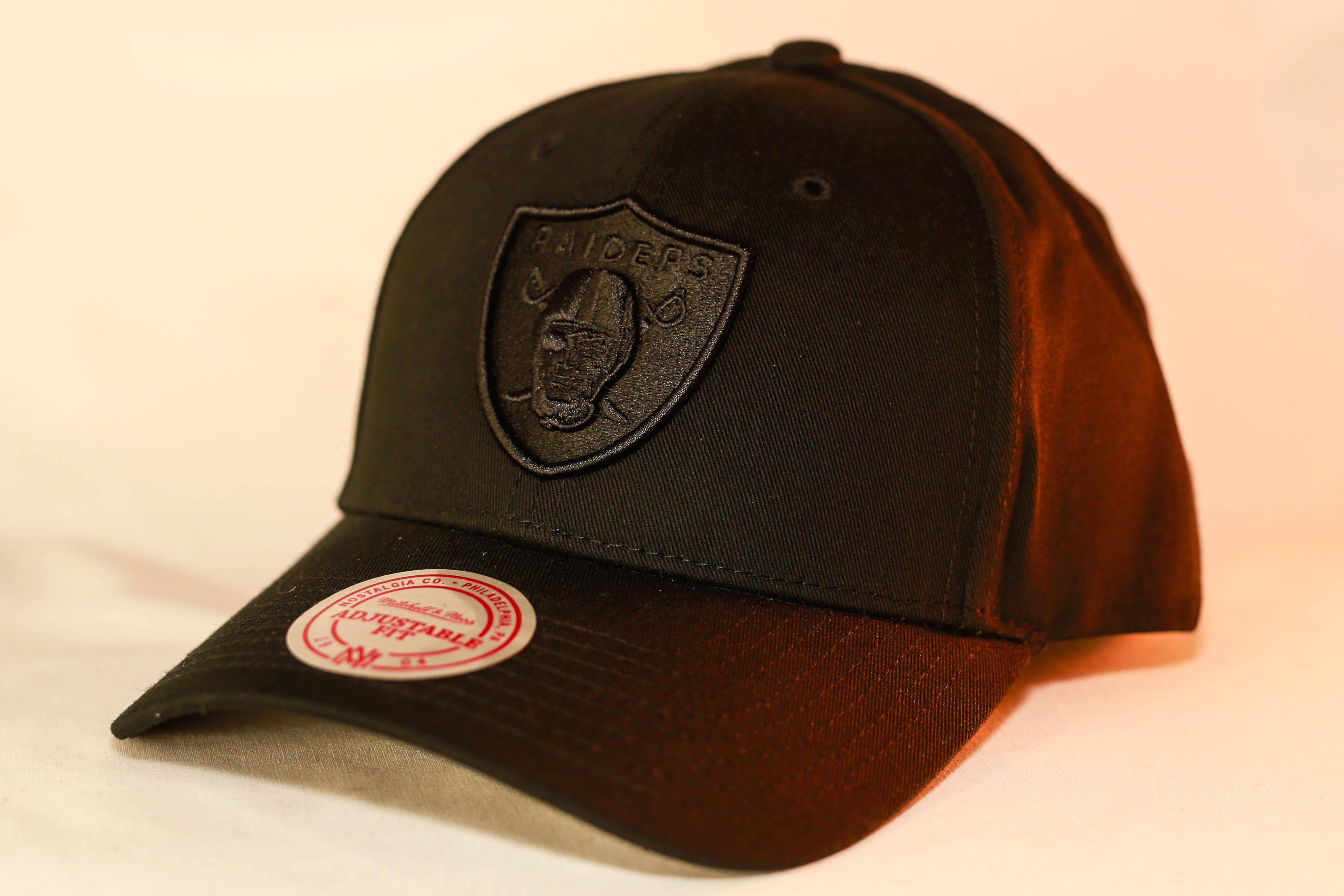 00b11233 Mitchell & Ness Black Tonal Low Pro Snapback Oakland Raiders Men's & Women's