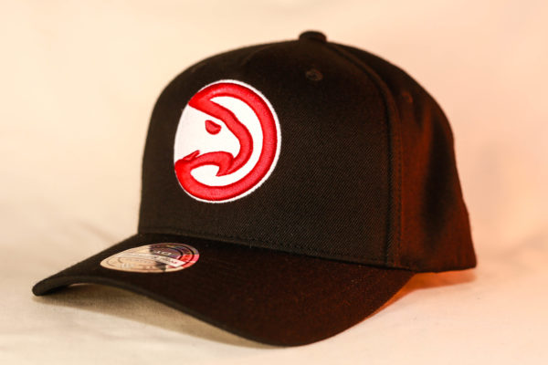 Mitchell & Ness OSFA Atlanta Hawks NBA Black Flexfit 110 Snapback