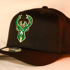 Mitchell & Ness OSFA Milwaukee Bucks NBA Black Flexfit 110 Snapback