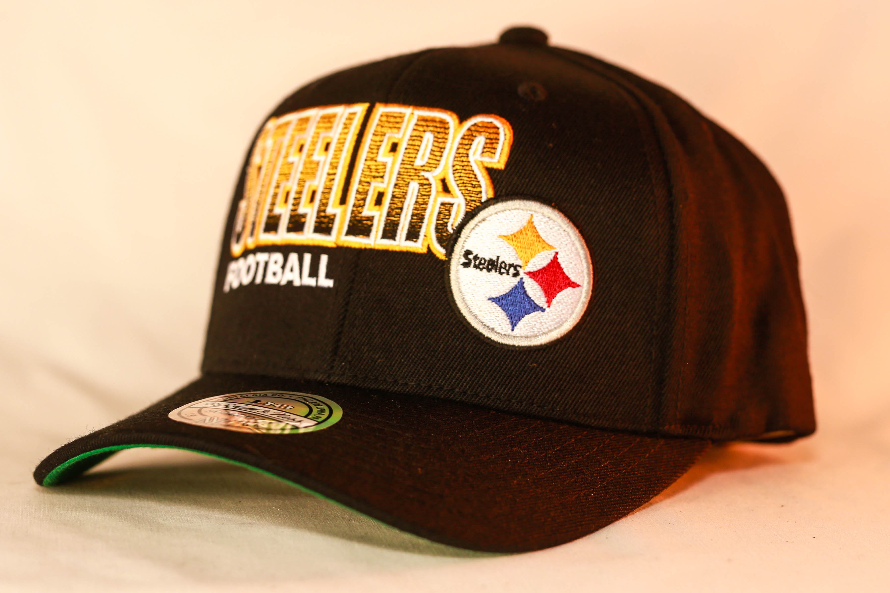 Mitchell   Ness OSFA NFL Pittsburgh Steelers Black Flexfit 110 Score Keeper  Snapback be7372dcdba
