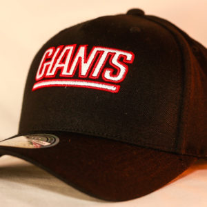 Mitchell & Ness OSFA New York Giants NBA Black Flexfit 110 Snapback