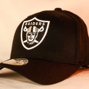 Mitchell & Ness OSFA Oakland Raiders NBA Black Flexfit 110 Snapback