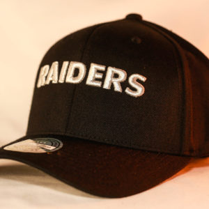 Mitchell & Ness OSFA Oakland Raiders NFL Black Flexfit 110 Snapback