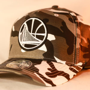 Mitchell & Ness OSFA NBA Golden State Warriors Camo Flexfit 110 Pinch Panel Snapback
