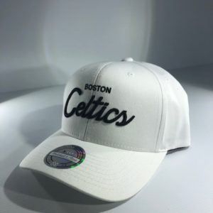 Mitchell & Ness NBA Boston Celtics NBA White/Black Basic Script Snapback OSFA