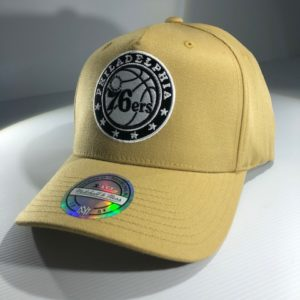 Mitchell & Ness Flexfit 110 NBA Philadelphia 76ers Wheat Pinch Panel Snapback OSFA