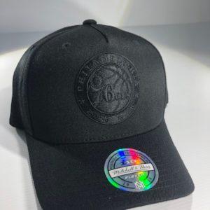 Mitchell & Ness Flexfit 110 NBA Philadelphia 76ers All Black Logo Snapback OSFA