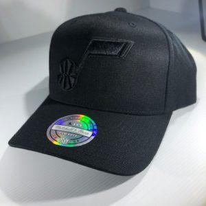 Mitchell & Ness Flexfit 110 NBA Utah Jazz All Black Logo Snapback OSFA