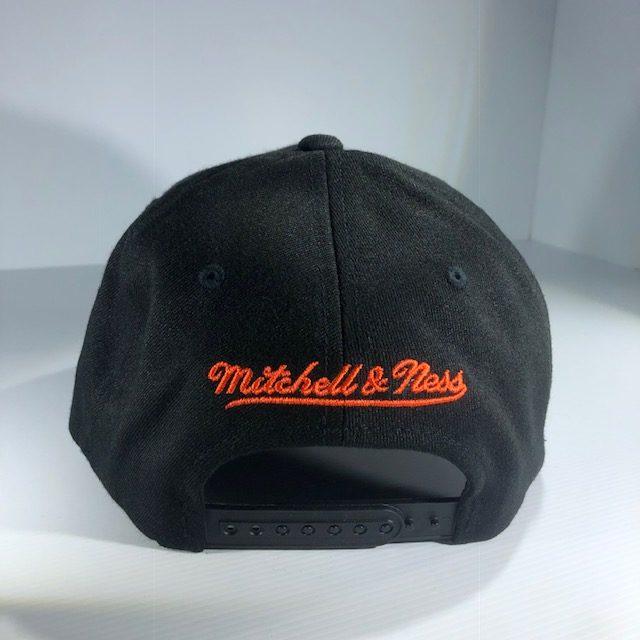 c22c93280c1 Mitchell   Ness Flexfit 110 NFL Miami Dolphins Throwback Black Team Colour  Logo Snapback OSFA
