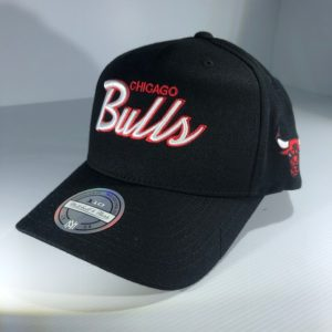 Mitchell & Ness Flexfit 110 NBA Chicago Bulls Team Script Colour POP Snapback OSFA